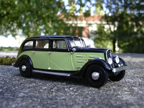 "Clube da ""Rodinha"" aka Idler's - Página 3 Peugeot_401_taxi"