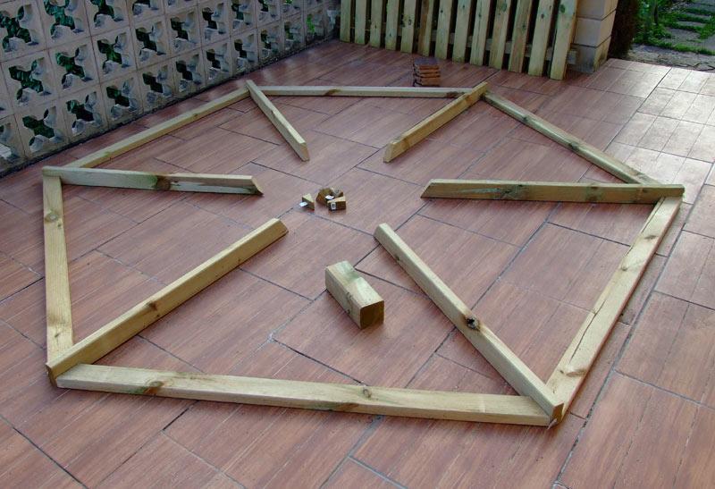 Plan De Kiosque En Bois Gratuit - Kiosque de jardin de forme hexagonale